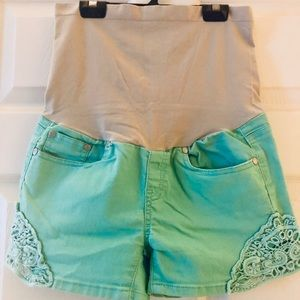 Lacy Maternity Shorts